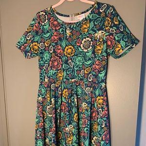 Lularoe Floral Shortsleeved Dress with Pockets